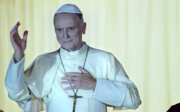 Une pape conservateur est élu !